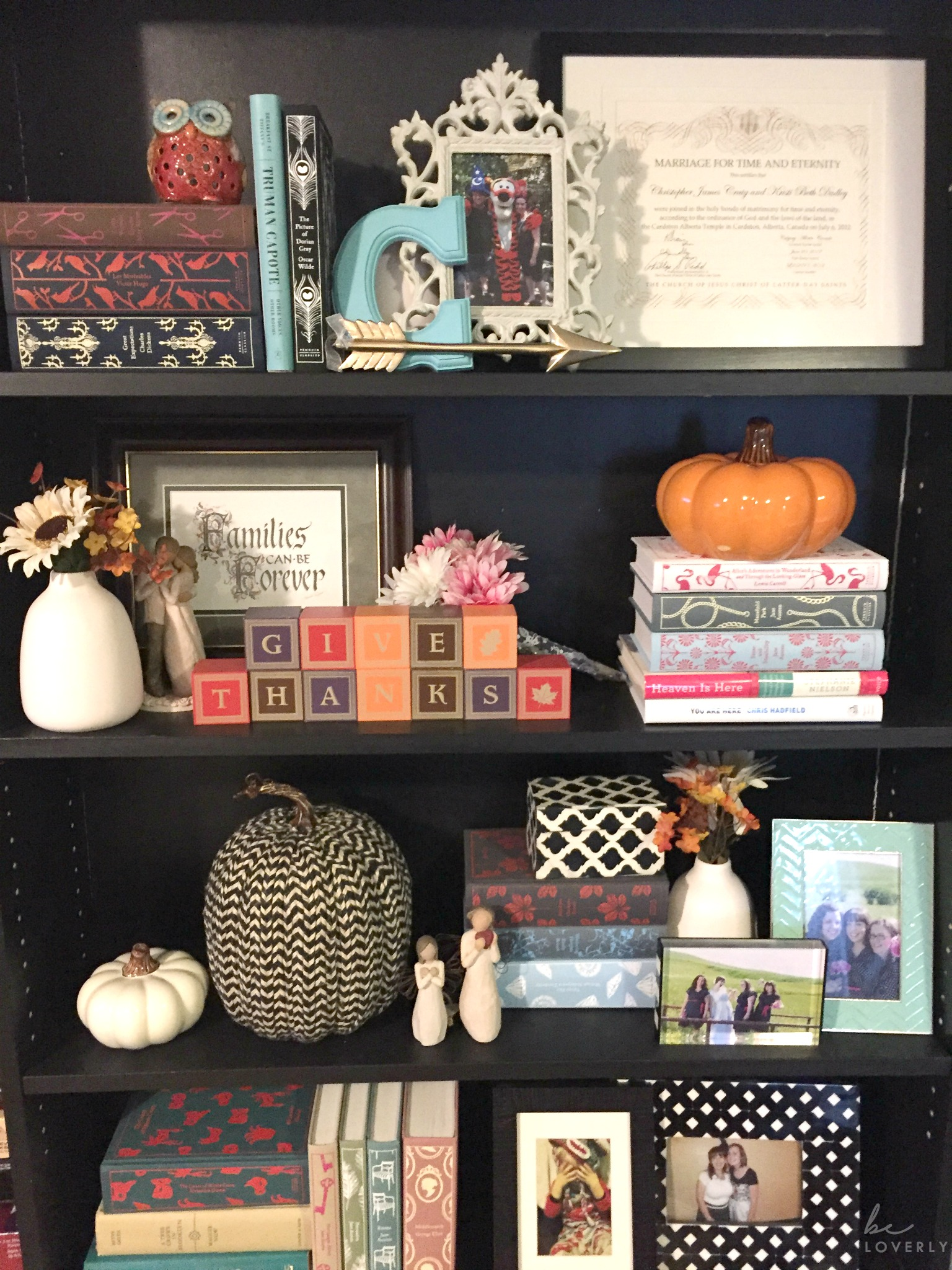 falldecor-bookcase