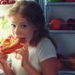 Comer antes de dormir pode engordar caso você opte por alimentos calóricos