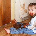 Coisas que seu filho pode estar fazendo quando ele está quieto