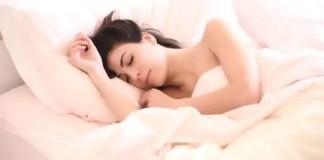Dormir apos de comer