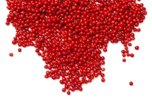 Pimenta rosa: 10 benefícios e como usar