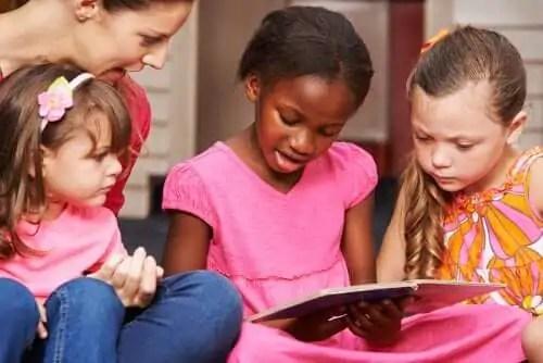 evitar-as-comparacoes Dicas para pais de crianças pequenas que estão aprendendo a ler