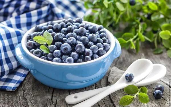 mirtilo Frutas que ajudam a combater a impotência