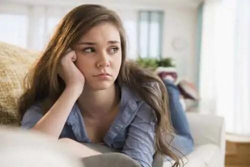 sintomas-de-bruxismo Bruxismo em adolescentes