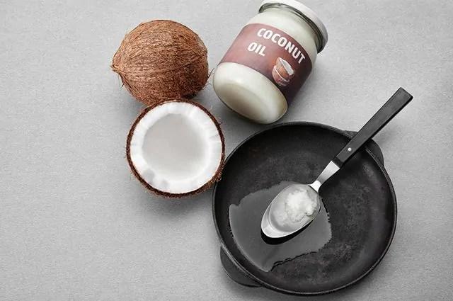 e-possivel-usar-o-oleo-de-coco-para-compor-diversas-receitas-culinarias Os benefícios do óleo de coco para saúde