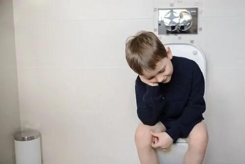 por-que-as-criancas-ficam-com-medo-de-fazer-coco As crianças estão com medo de fazer cocô