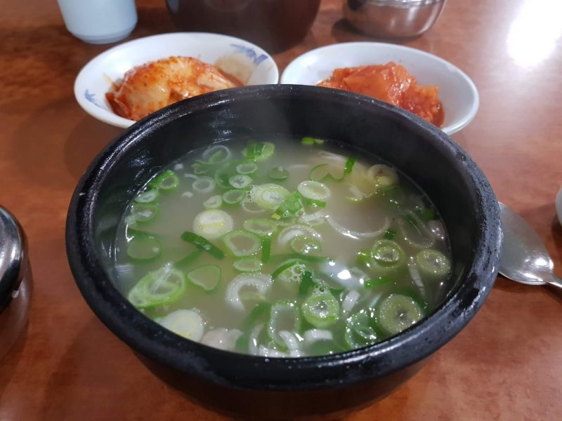 where to eat in myeongdong