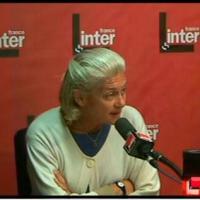 Élisabeth BADINTER: ''Politiques, éditorialistes et féministes'': Taisez-vous!...