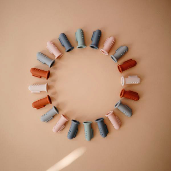 Cepillos dientes dedo silicona Mushie