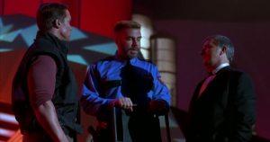 Perseguido 1. Schwarzenegger puede con todos