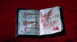 Capítulo III: Crea a un demonio en casa y con dos euros, el Necronomicón