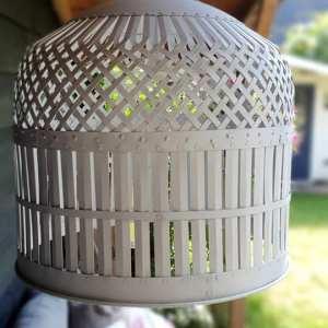 ijzeren hanglamp wit voor wie van een landelijke sfeer houdt - Benard's Woonaccessoires