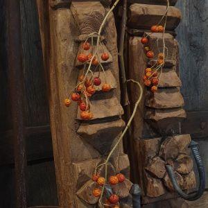 ornament met haak bij Benard's Woonaccessoires