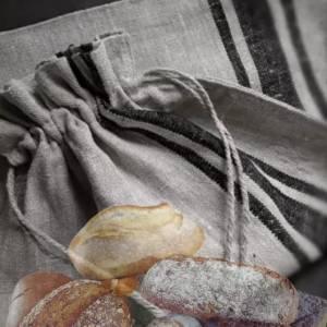 linnen zak met koord, gemaakt van 100% naturel gekleurd stonewashed linnen met zwarte bies | Bij Benard's Woonaccessoires