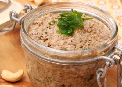 Paté vegetal de setas de temporada y anacardos