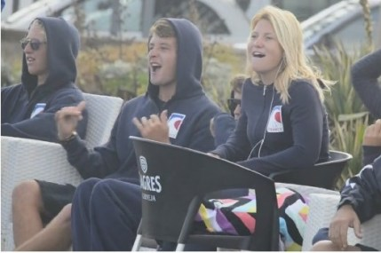 ®Benoit-CARPENTIER-longboard-2014-EUROSURF-Junior-ACORES-equipe5©FFS
