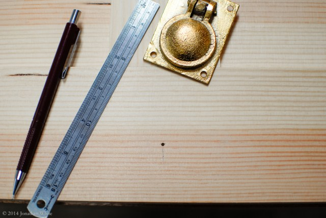 I determined the location of the deepest part of the ring pull and marked it with an awl.