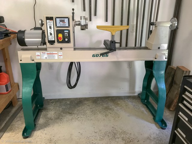 My new (to me) Grizzly G0766 Lathe.