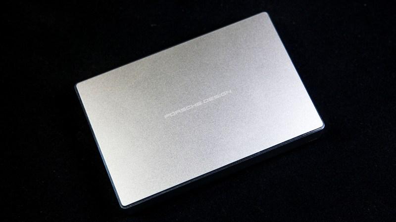 設計為主打,Lacie Porsche Design 4TB USB Type-C 外接硬碟動手玩