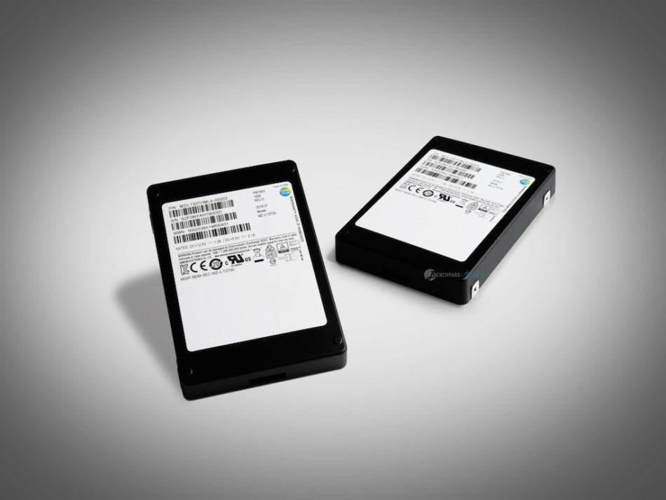 Samsung crea un SSD de 32 TB de tamaño reducido