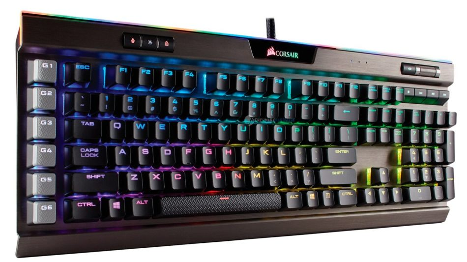 CORSAIR presenta el nuevo teclado mecánico para juegos K95 RGB Platinum en el CES 2017