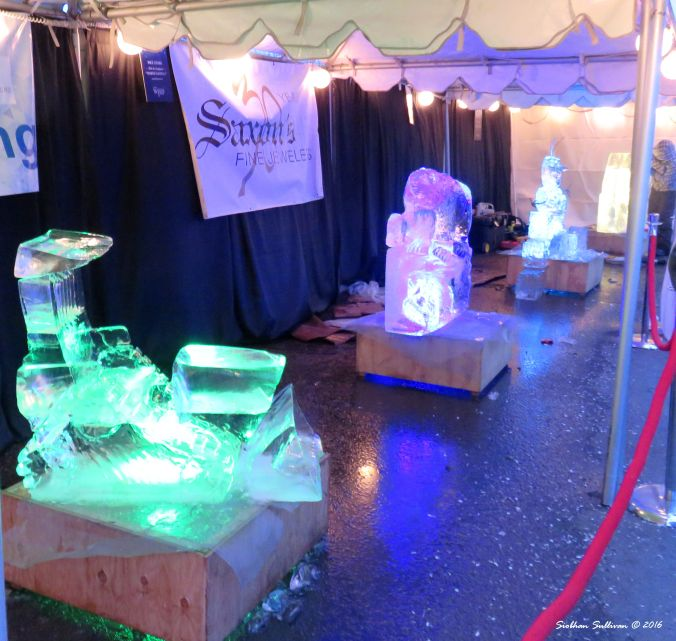Oregon Winterfest Ice carvings