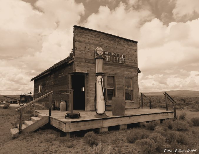 Fort Rock General Store, Fort Rock, Oregon 20May2015