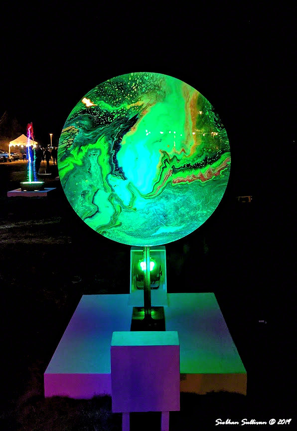 Round light sculpture at Oregon WinterFest February 2020
