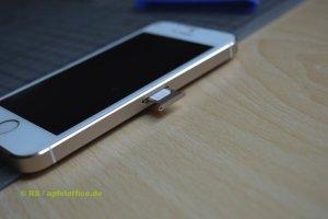 SIM-Karten-Einschub im iPhone 5s