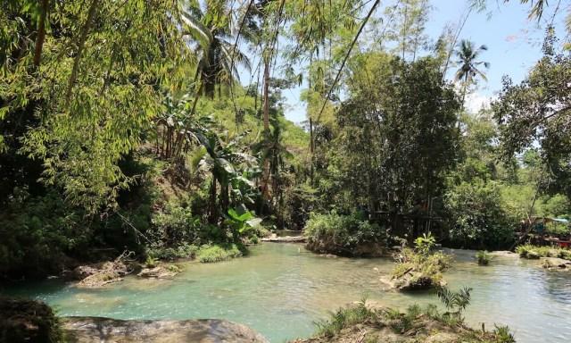 Zwischenebene der Cambugahay Falls
