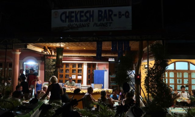 Chekesh Bar-B-Q mit Buffet beim Happy Fiesta Tubod Festival im März