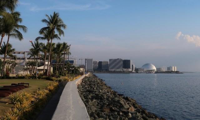 Blick vom Sofitel auf die Mall of Asia und