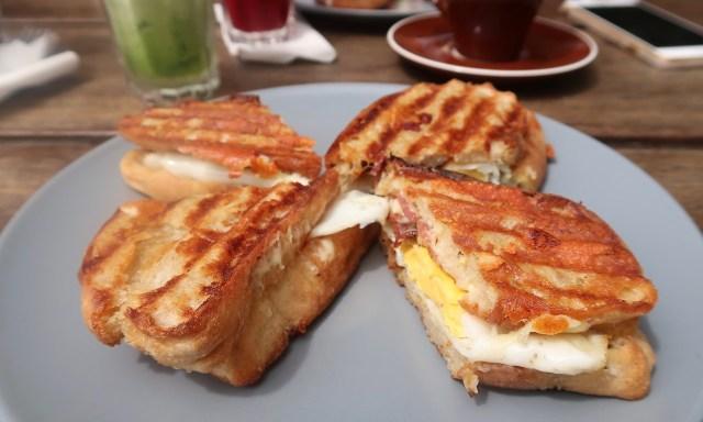 Molten Toffee Sandwiches