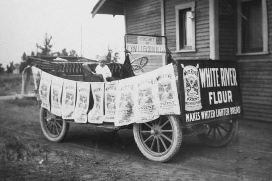 Float for Potato Show parade, circa 1914.