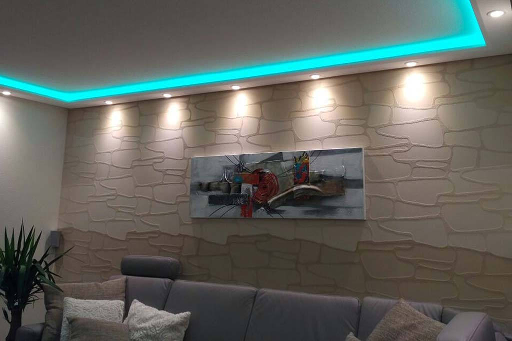 direct and indirect lighting of wall