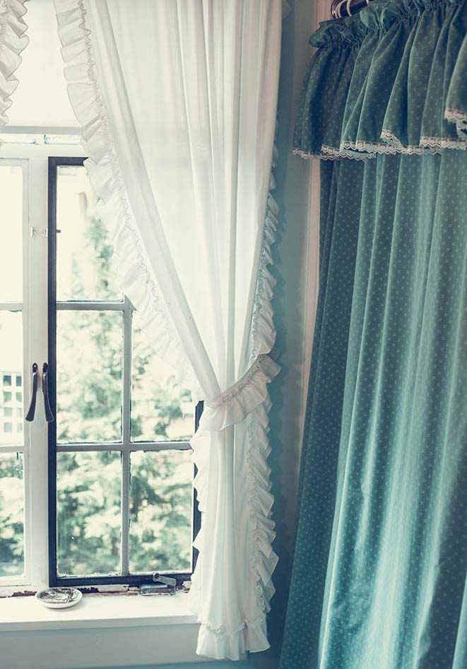window bathroom summer 2015 ross pennsylvania - Bénédicte Manière