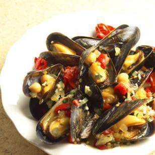 healthy-saffron-reciepes-spanish-mussels