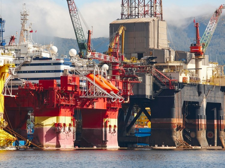 oil-and-gas-platform-in-norway-energy-industry-petroleum-exploration