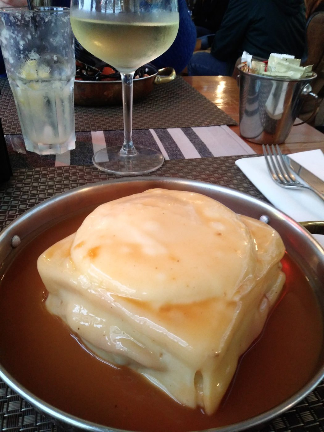 a typical Porto dish: Francesinha