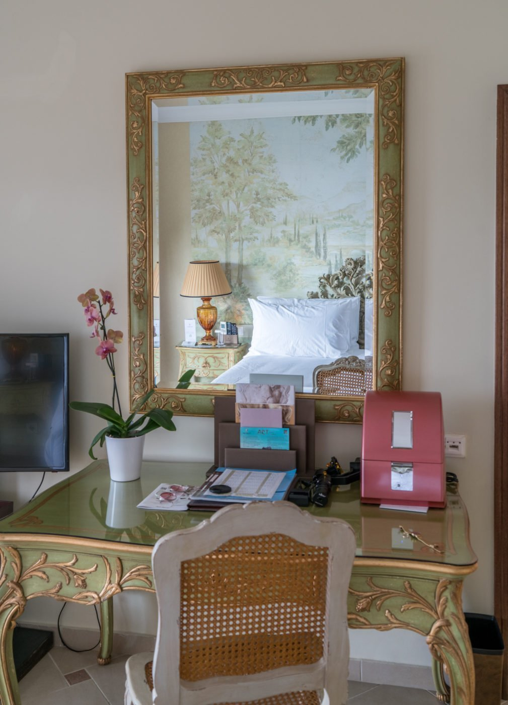 Desk area with quirky make-up cooler in the Dream Villa at Corfu Imperial