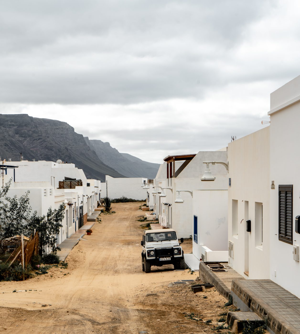 Take the ferry to visit Caleta del Sebo, La Graciosa