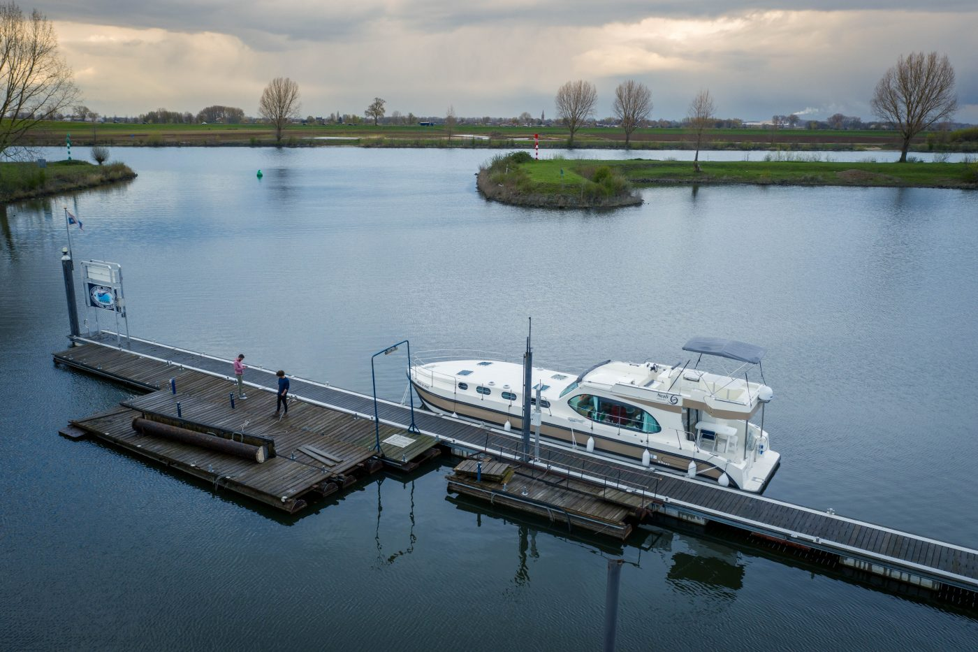 Renting a self-drive boat in the Netherlands with Nicols