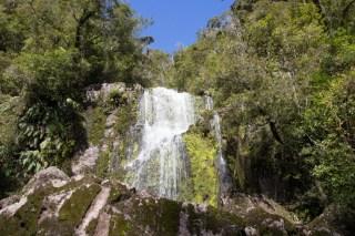 Small waterfall at Ngakawau