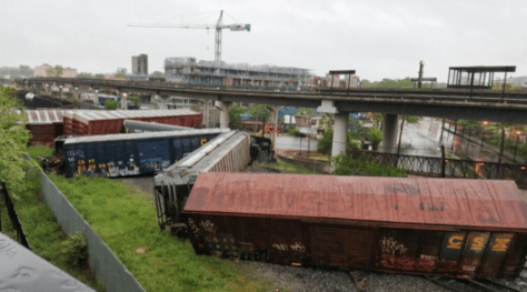 Train_Derailment_Washington-DC_2016-05-01 01