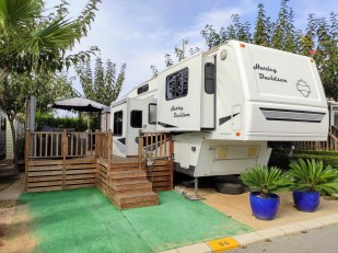 Fifth Wheel For Sale On Camping Almafra Campsite In Benidorm