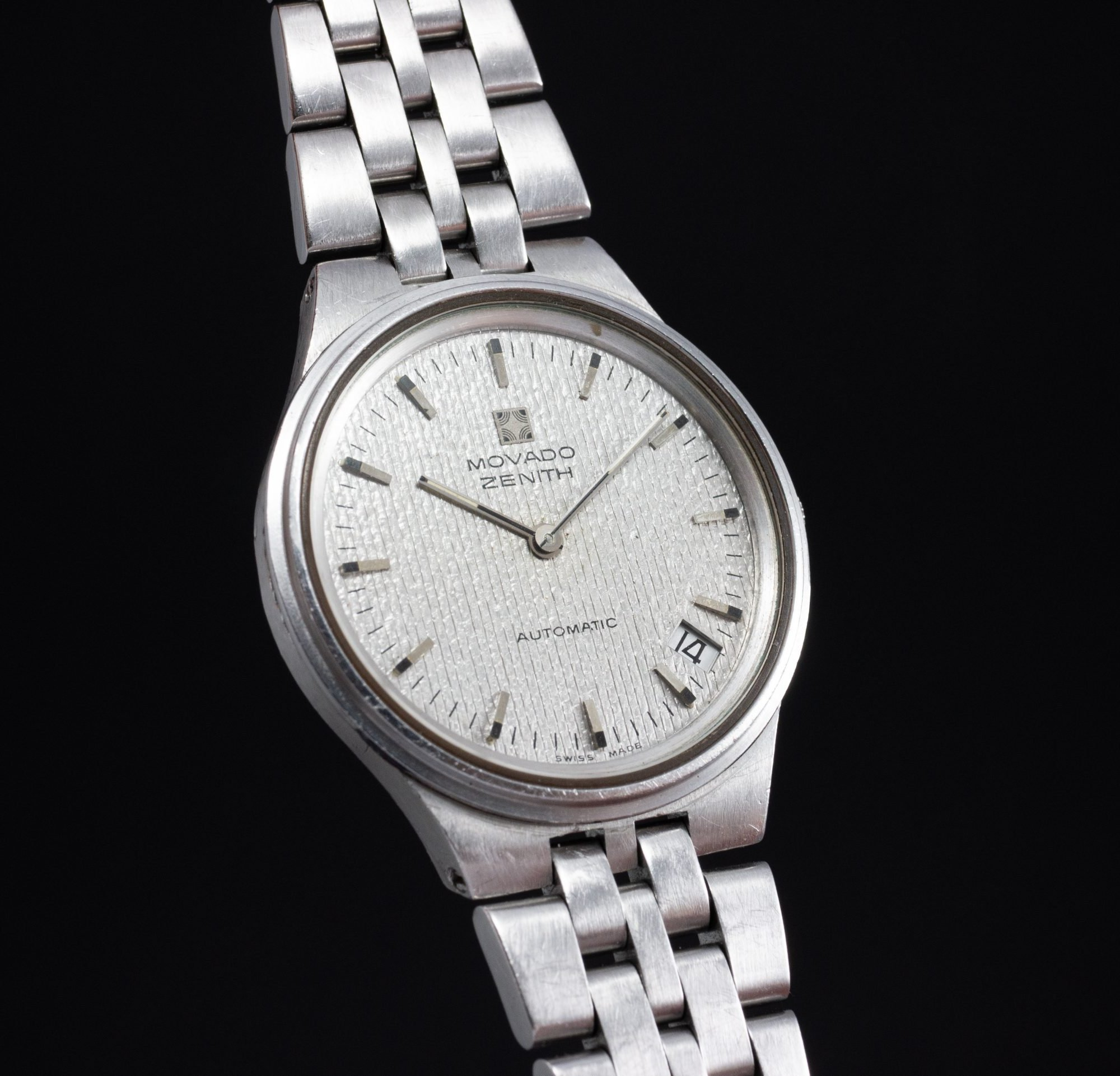 vintage Zenith Movado Zenith Automatic Microrotor cal 10.1 steel integrated bracelet date