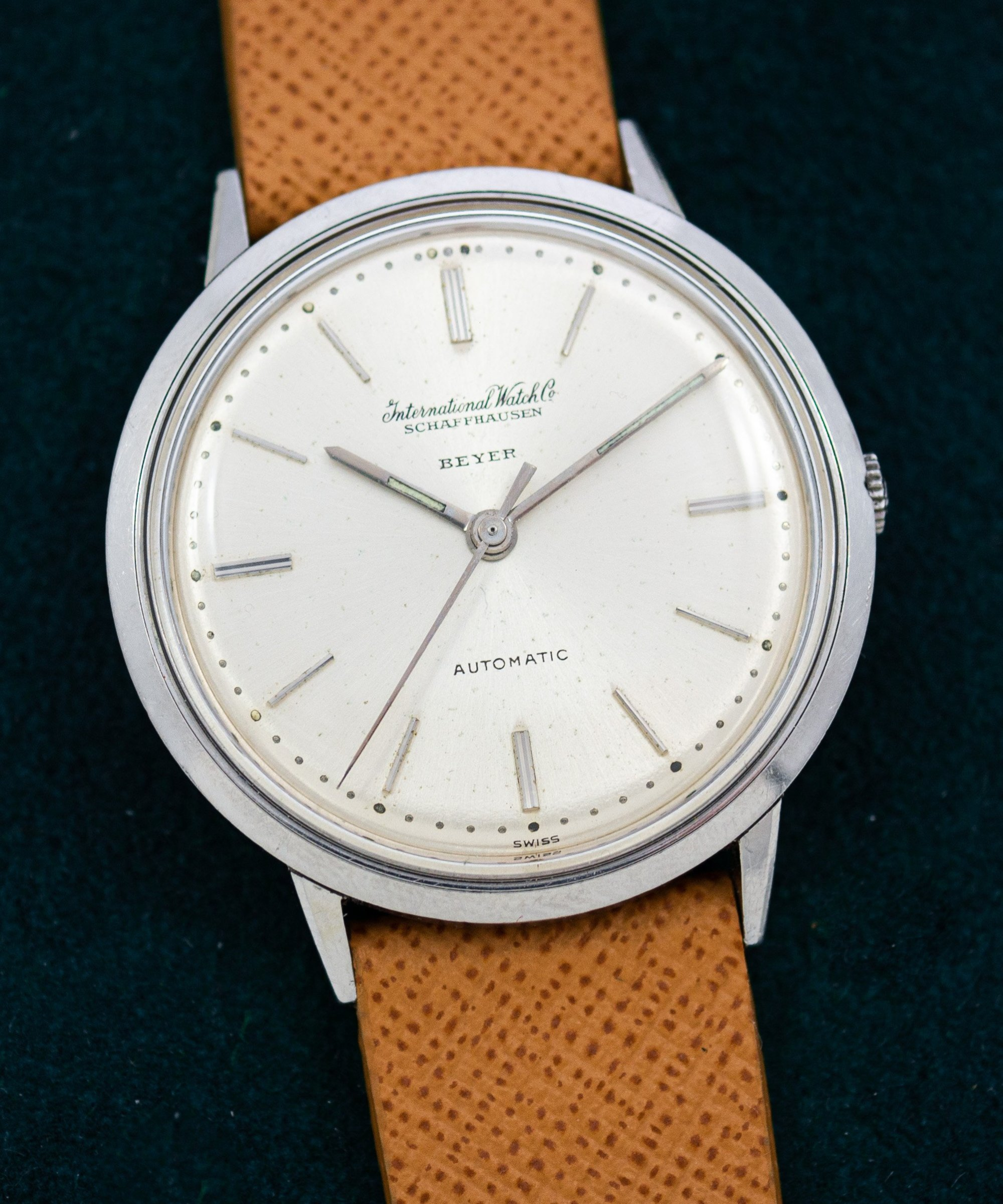 vintage IWC Automatic cal. 845 Beyer Signed dial