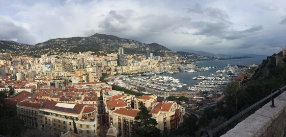 Monaco is such a pretty country. It's small, but beautiful.