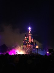 The castle at night. Waiting for the nighttime show.