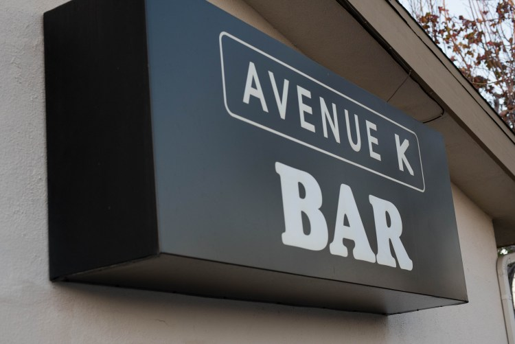Located inside Benjies Deli, Avenue K is great bar for good bites and great bar drinks.